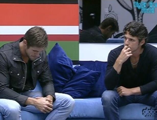 Jonas e João Maurício se enfrentam no quinto paredão do programa (12/2/12)