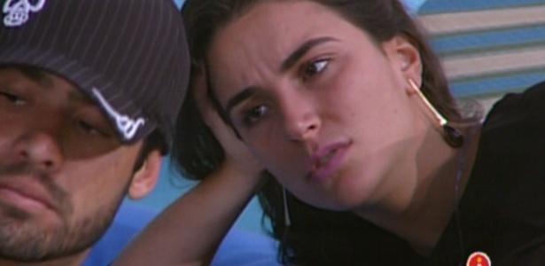 Yuri e Laisa falam mal de Rafa, após saída de João Maurício (14/2/12)