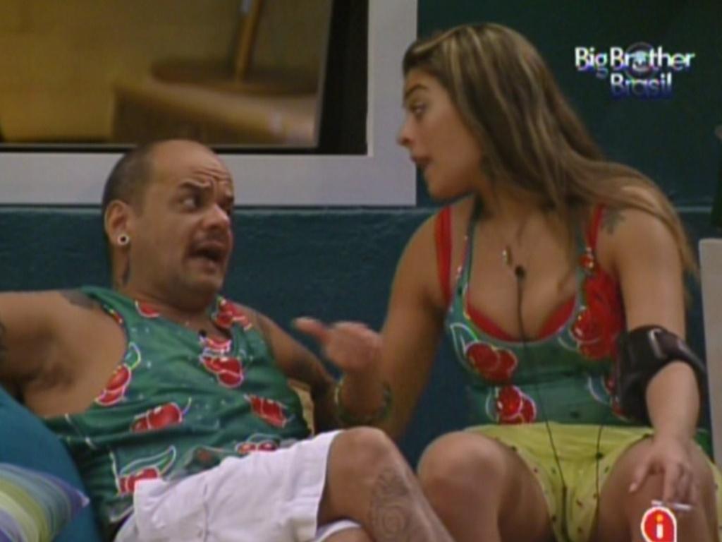 João Carvalho está com medo de paredão (15/2/12)
