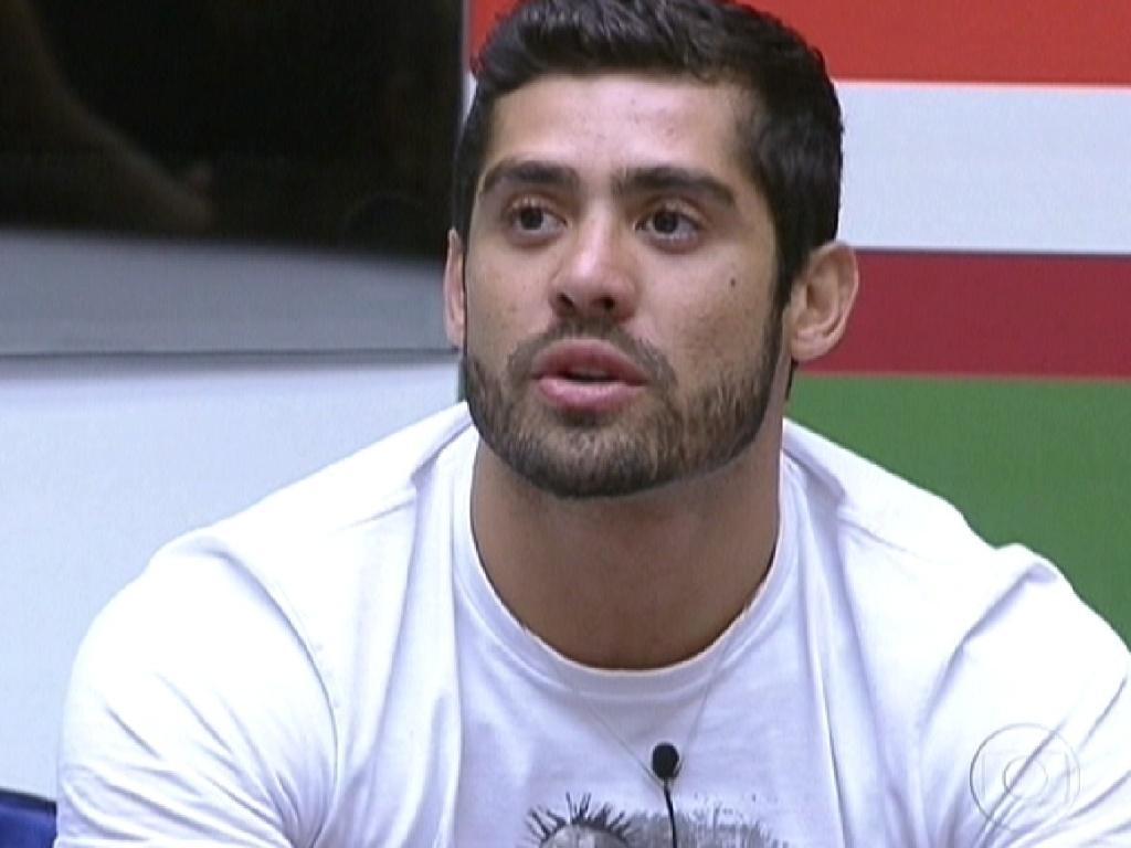 Yuri escolhe Jonas para não participar da prova do líder desta quinta-feira (16/2/12)