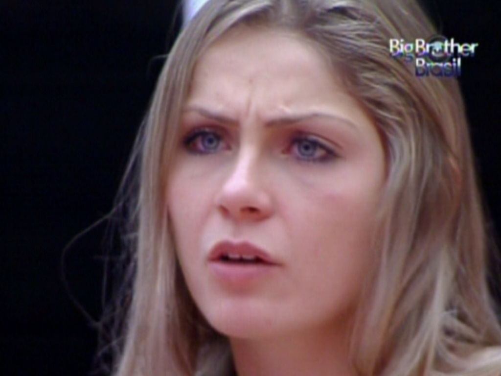 Renata diz que voto de Yuri depende do anjo (18/2/12)