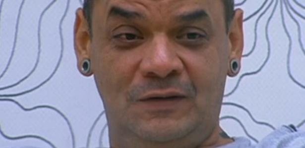 João Carvalho conversa sobre paredão com Fael e Jonas (20/212)