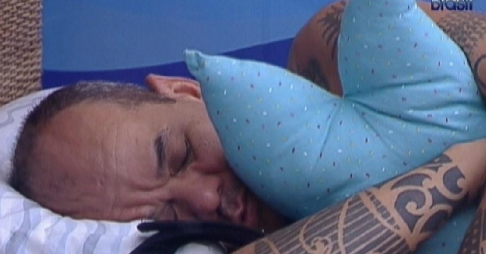 João Carvalho dorme no quarto Praia (21/2/12)