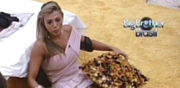 Fabiana critica Rafa (22/2/12)