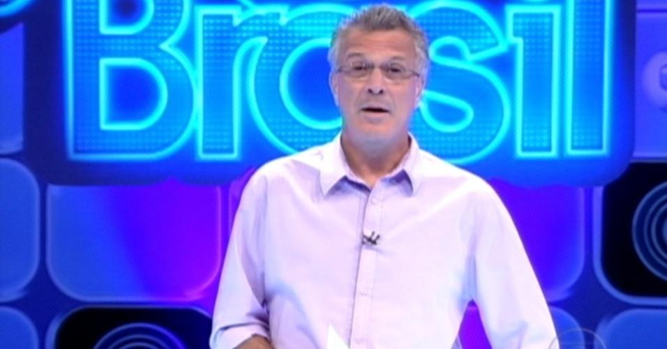 Pedro Bial entra ao vivo para falar com os brothers no dia da prova do líder (23/2/12)