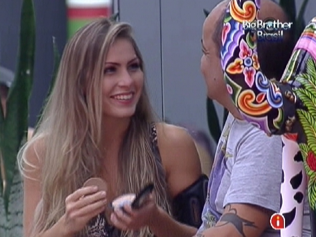 Renata conversa com João Carvalho sobre seu relacionamento com Rafa (25/2/12)