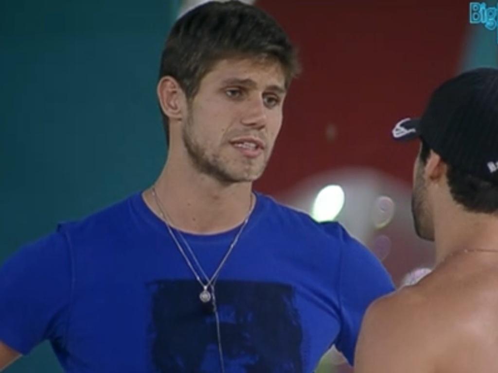 Jonas conta para Yuri que votou nele (27/2/12)