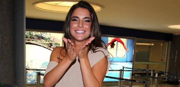 Na tarde deste domingo (26/2/12), a ex BBB Laisa participou do programa