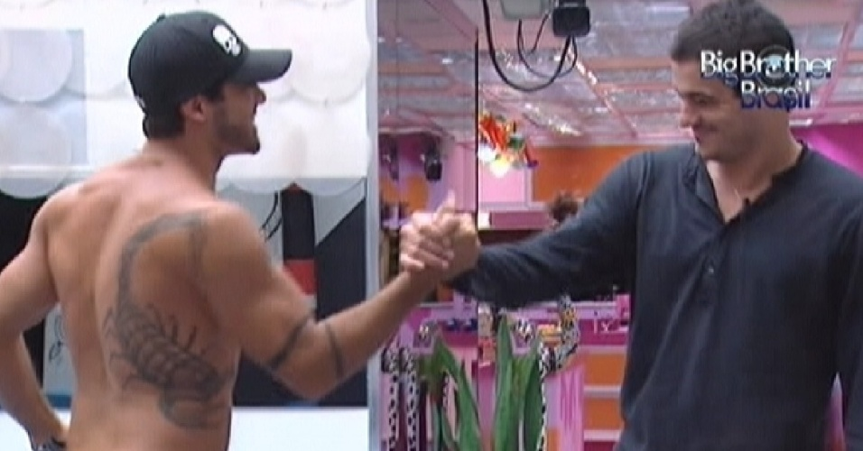 "Yuri e Rafa disputam o sétimo paredão do ""BBB12"" (26/2/12)"