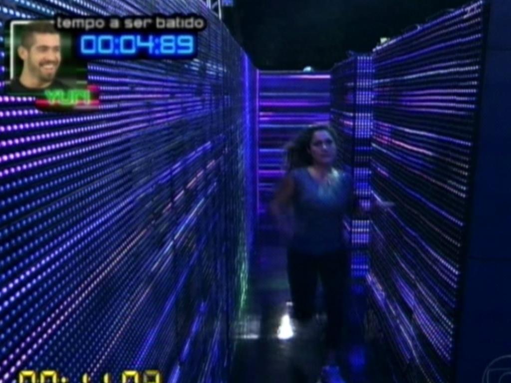 No labirinto, Renata tenta bater tempo de Yuri (1/3/12)