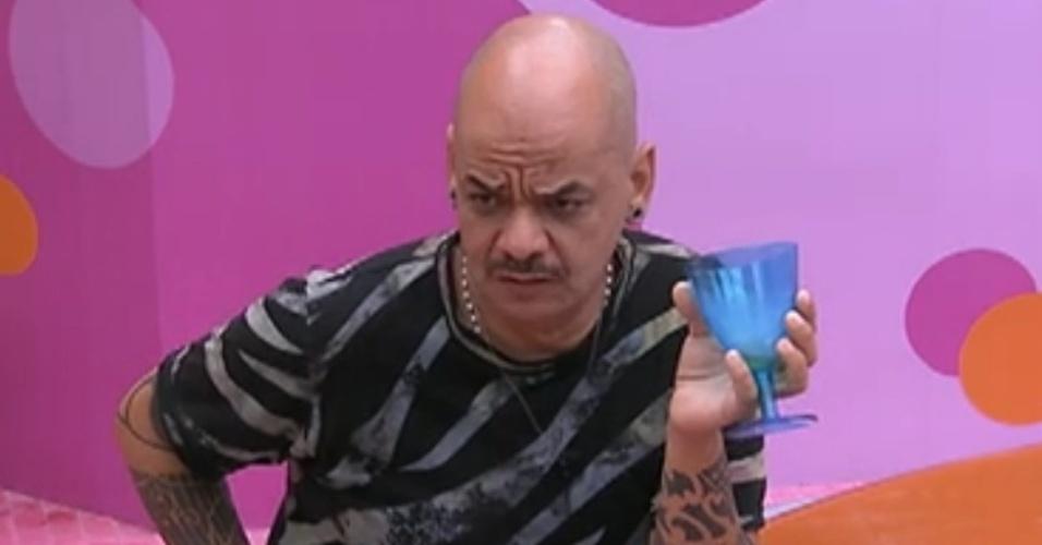 João Carvalho acha que irá para o paredão (2/3/12)