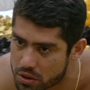 Yuri está em dúvida entre Fael, João Carvalho e Kelly (2/3/12)