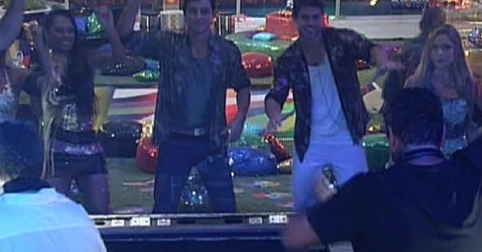 DJ's Marcelo Maia e Casteja fazem o som da festa Dancing Days (3/3/12)
