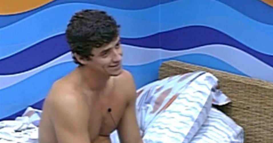 Fael acha João Carvalho mais forte que Renata (5/3/12)