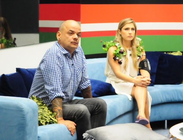 João Carvalho e Renata estão no paredão (4/3/12)