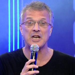 Pedro Bial apresenta programa ao vivo desta terça-feira (6/3/12)