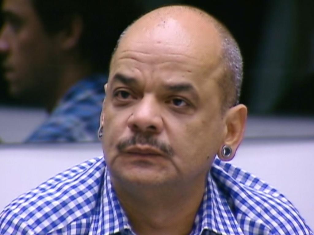 Bial anuncia que João Carvalho está no paredão após receber quatro votos (11/3/12)
