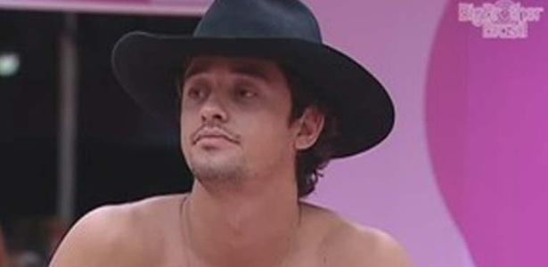 Em conversa sobre Rafa na cozinha, Fael diz que o carioca falava demais (12/3/12)