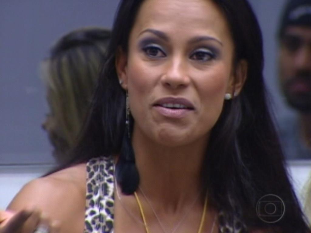 Kelly fala de Fabiana, Fael e Monique no jogo da verdade (12/3/12)