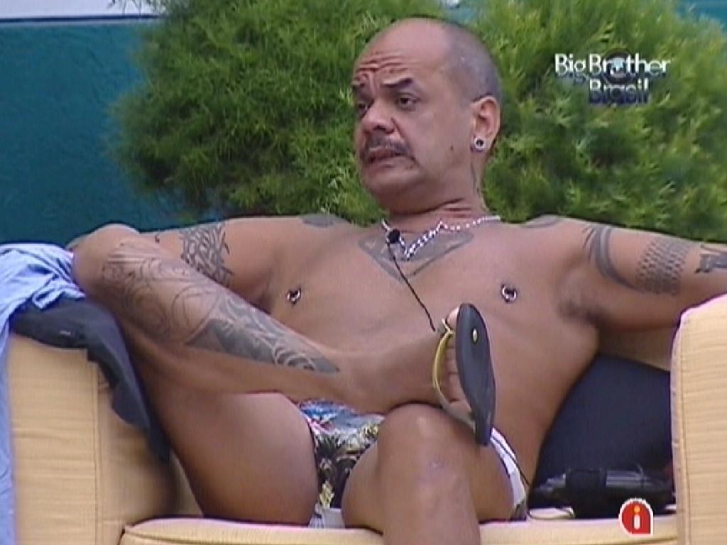 João Carvalho diz que Yuri sabe como irritá-lo (13/3/12)