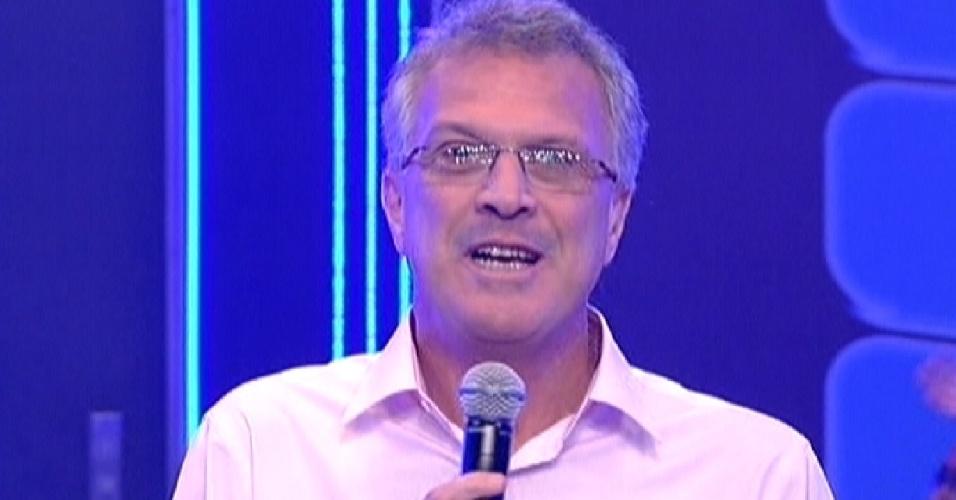"""Pedro Bial começa o programa da nona eliminação do """"BBB12"""" (13/3/12)"""