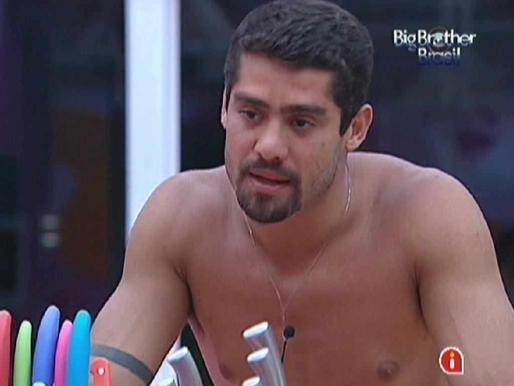 Yuri conversa com Fael sobre a sensação de ser eliminado do programa (13/3/12)