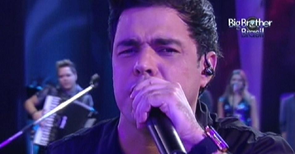 Zezé Di Camargo canta com o irmão Luciano no