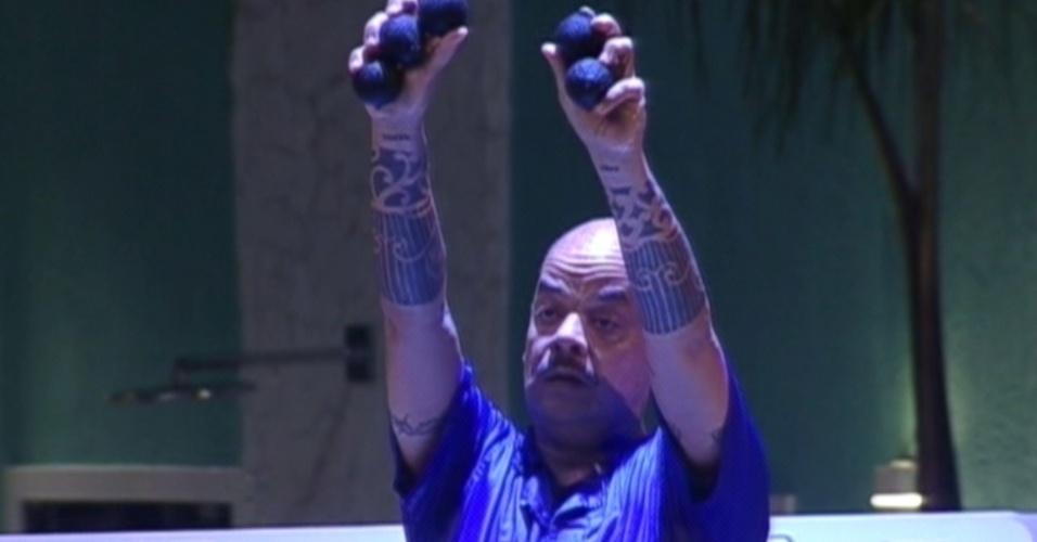 João Carvalho reuniu cinco bolinhas pretas (15/3/12)