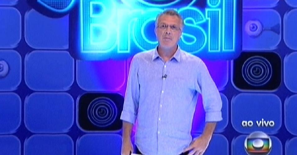 Pedro Bial começa o programa que decidirá o líder desta semana (15/3/12)