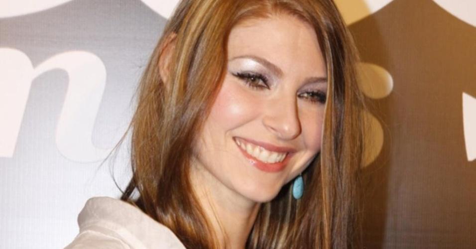 Com beleza marcante, Helena Louro participou da primeira edição do BBB