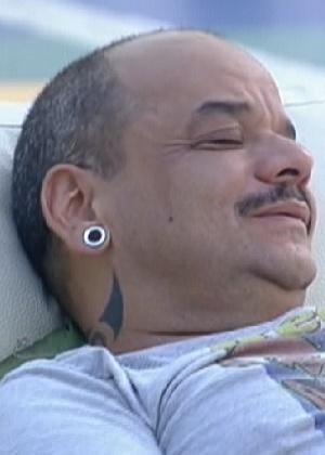 """João Carvalho recebe o apelido de """"João Machadão"""" (19/3/12)"""