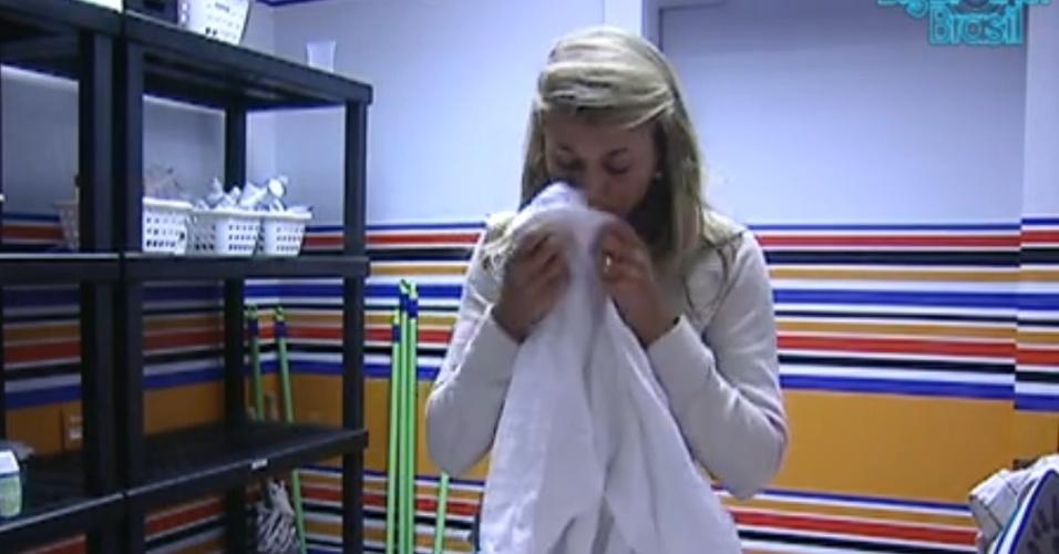 Fabiana cheira