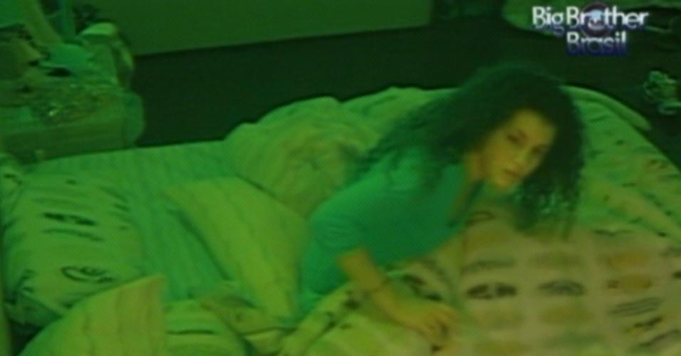 Noemí se assusta com sonho de Fael na madrugada (20/3/12)