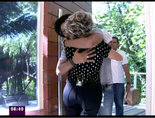 """Daniel abraça Ana Maria Braga no """"Mais Você"""" (21/3/12)"""