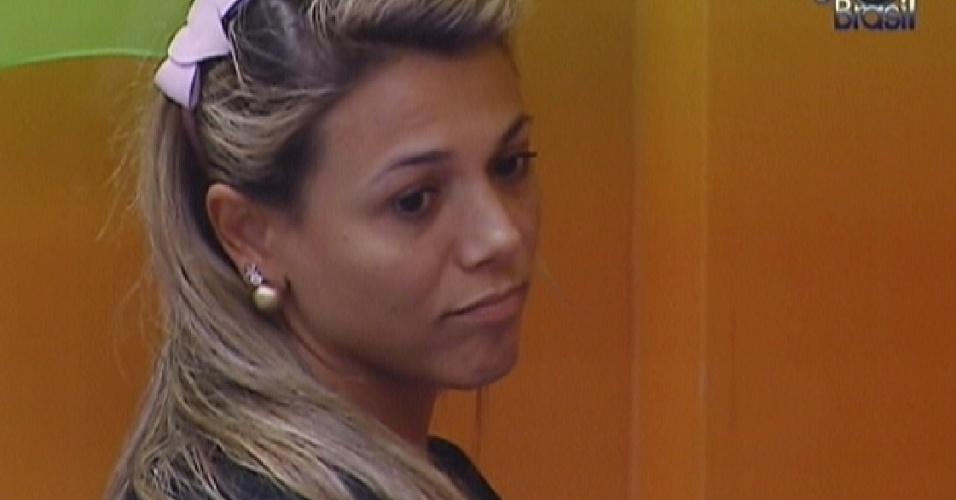 Fabiana reclama de Kelly (22/3/12)
