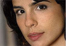 Maria Ribeiro se tornou veterana em novelas pela Record