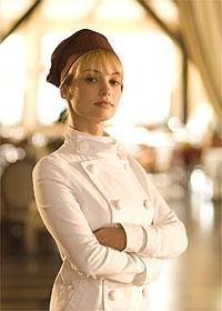 Rosanne Mulholland é Danielle Cassoulet, a chef de cozinha do restaurante Paris