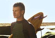 Rodrigo Hilbert será mais um dos surfistas da novela Três Irmãs