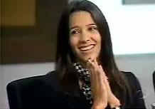 A líder Mariana, recebe aliviadaa notícia de quem ninguém seria demitido nesta tarefa