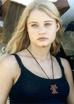 Emilie de Ravin vai atuar em <i>remake</i>
