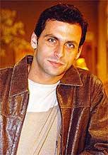 O ator ganhou destaque como o vilão de <i>Cobras & Lagartos</i>