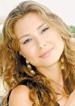 Lavínia Vlasak trocou a Globo pela Record e estréia em <i>Prova de Amor</i>