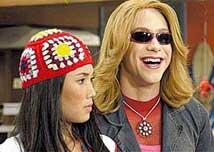 Myiuki (Danielle Suzuki) acaba de deixar o elenco da novela teen