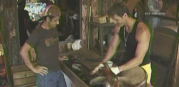 Segatti e Leozinho conversam sobre Xuxa e Sheila (22/01/2010)