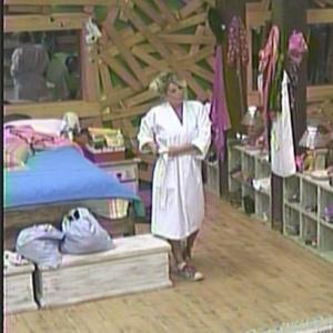Karina Bacchi se prepara para a tarde de tratamento vip