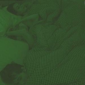 Lia, a nova líder, dorme com Serginho e Cacau (30/1/10)