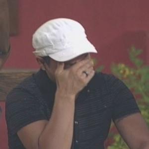 Dimmy chorou após ser informado da punição (04/02/10)