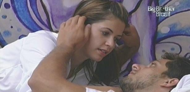 Clima de romance entre a dupla-casal (05/02/10)