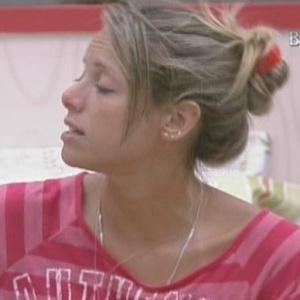 Fernanda diz que Alex está