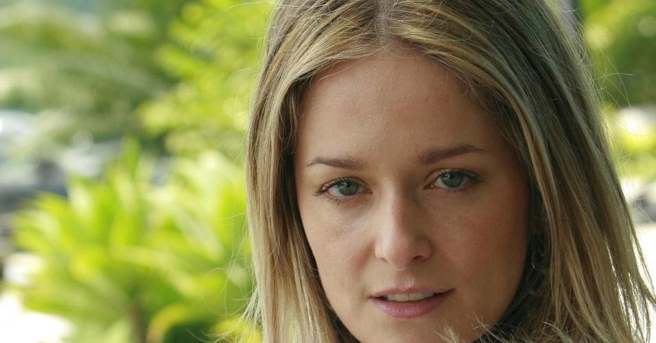 Luciana Vendramini está de volta às novelas em trama do SBT
